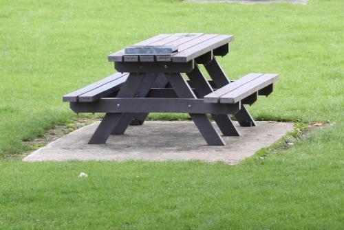 Сделать столы на природе своими руками