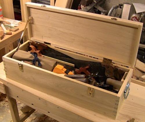 Ящик для инструментов своими руками из дерева